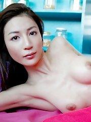 Japanese tramp Anri has some nice big tits