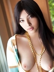 New pics of Saori Hara are appearing here every day