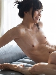 Aoi Shino decides to treat her latest massage client to an unforgettable footjob